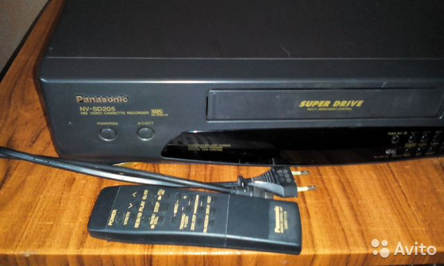 Видеомагнитофон Panasonic NV-