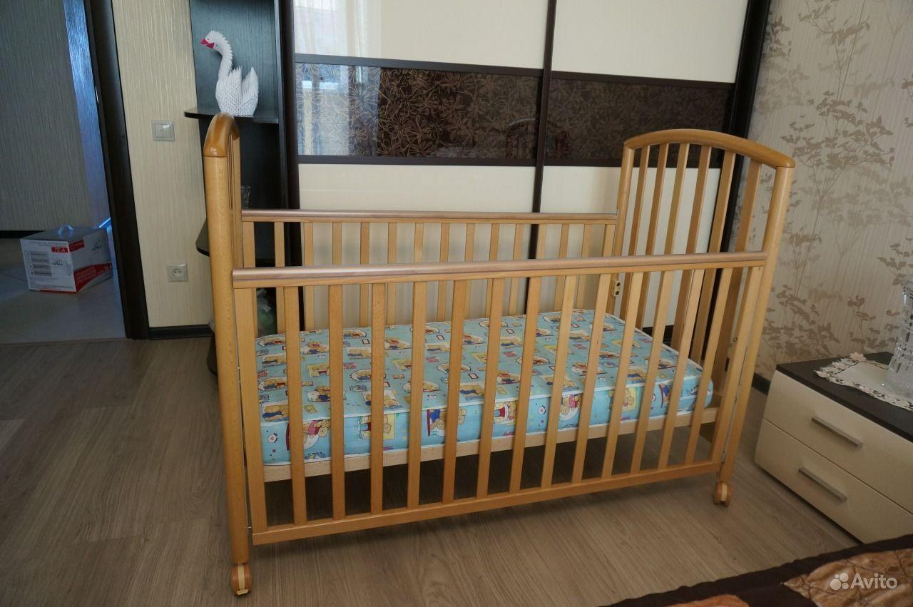 Детскую кроватку  б/у