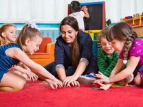 Воспитатель в детскую комнату — Вакансии в Санкт-Петербурге