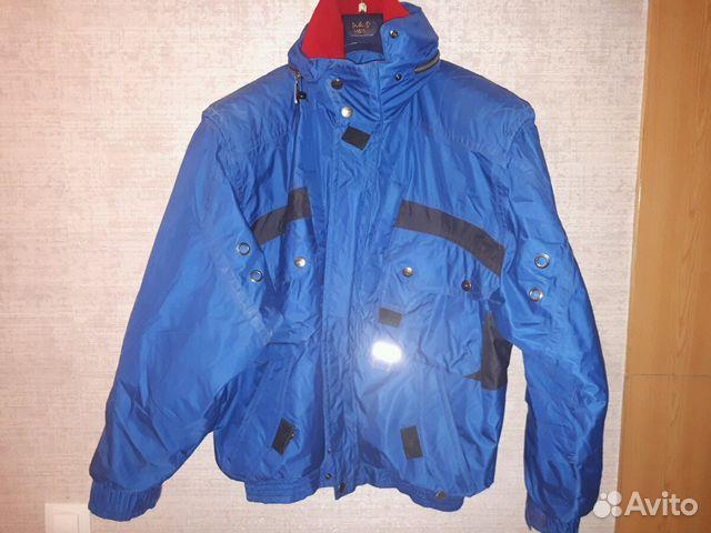 Зимняя куртка много карманов
