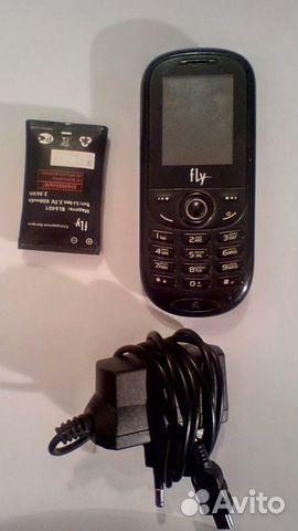 Два телефона Fly и LG