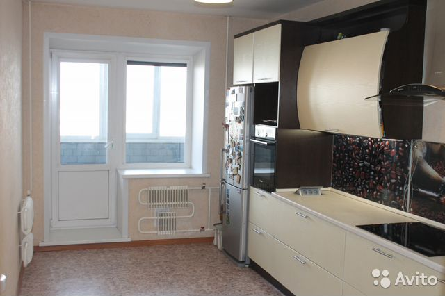 Продается трехкомнатная квартира за 4 500 000 рублей. г Барнаул, ул Сергея Семенова, д 1.