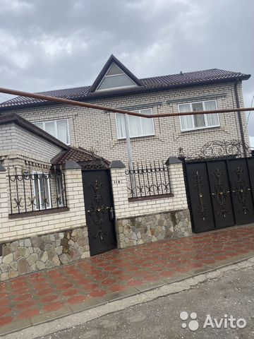 House 198 m2 on a plot of 17 cells. 89054233386 buy 1