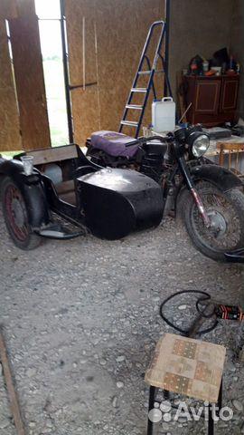 Мотоцикл, на ходу