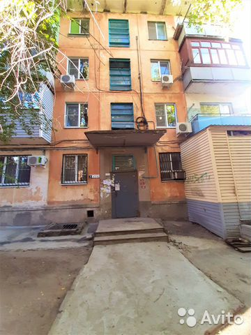 1-к квартира, 32 м², 2/4 эт.  купить 9