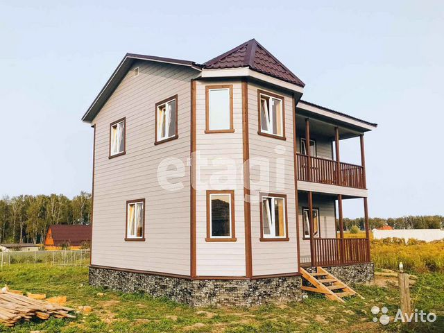 89610031950  House of 90 m2 on a plot of 10 hundred.
