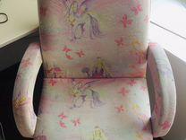 Школьное кресло