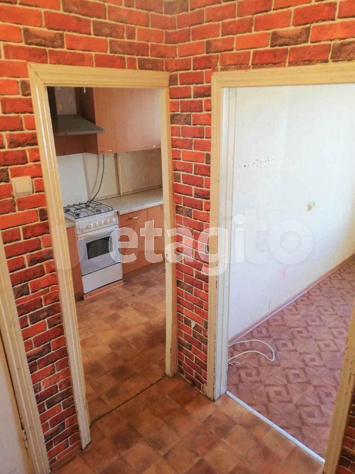 1-room apartment, 28 m2, 4/9 FL.  89605574776 buy 6